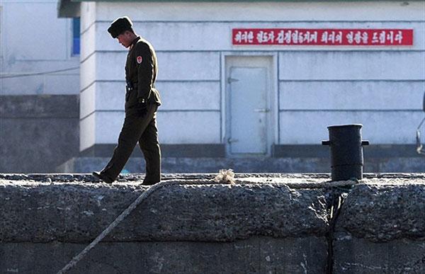 Северная Корея вынуждает своих военных совершать преступления на территории Китая