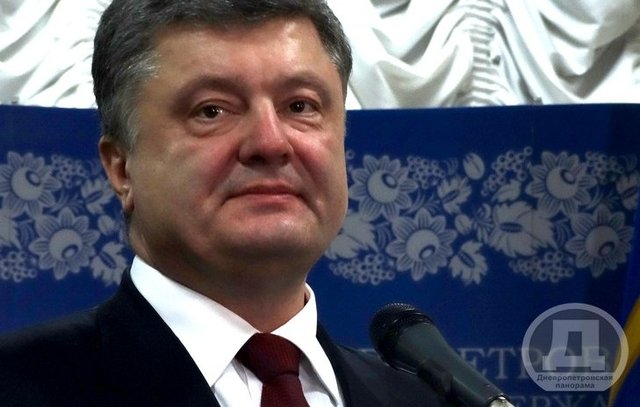 По необоснованным обвинениям Порошенко 12 добровольцев судят и держат в неволе