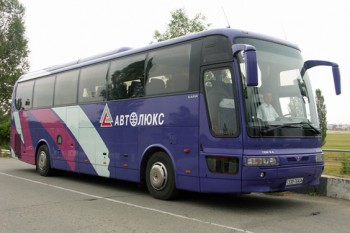 Украинская компания запустила автобусные перевозки в аннексированный Крым