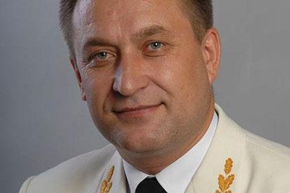 Иркутский депутат во время инспекции больницы провалился под прогнивший пол