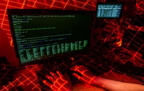 Как Кремль реагирует на утечку электронных писем
