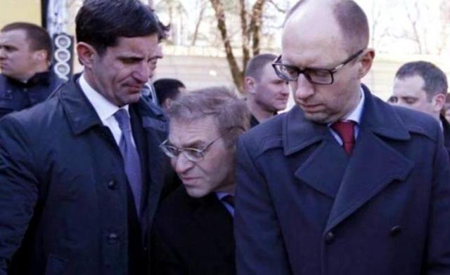 Без изгнания барина Пашинского кровавая и беспощадная революция неминуема - Каплин