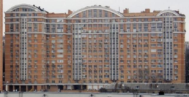 Замглавы Высшего хозсуда владеет элитным жильём в Киеве и миллионными подарками