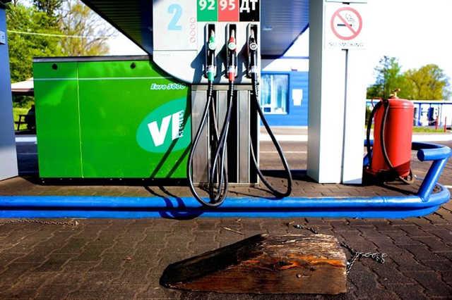 ФСБ задержала создателя вируса для кражи бензина у клиентов автозаправок