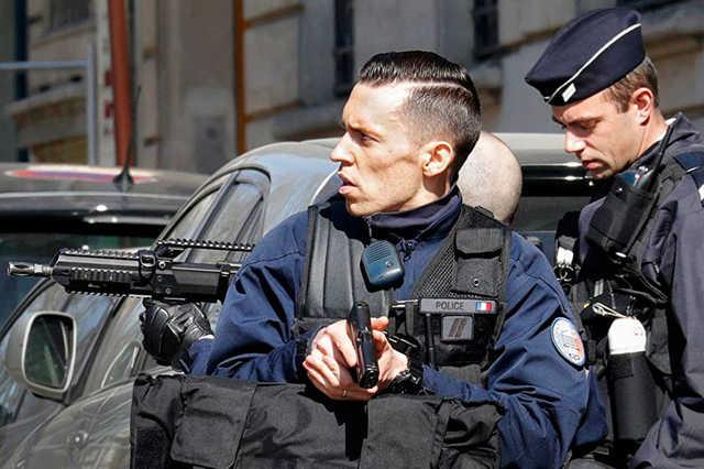 Во Франции задержаны восемь грузинских гангстеров