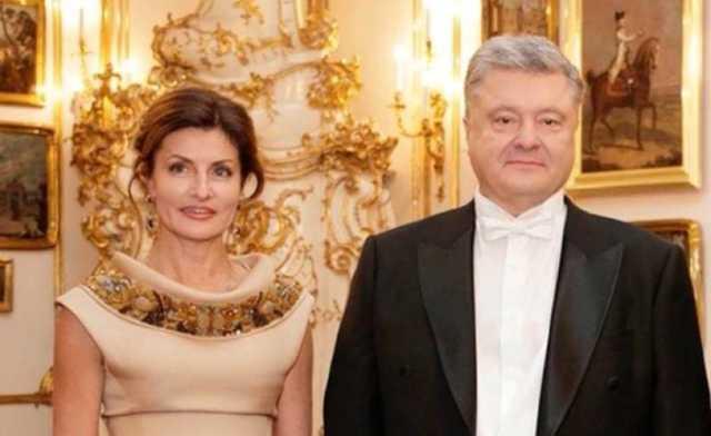 В соцсетях показали платежки за перелеты Порошенко в Мюнхен и Вену