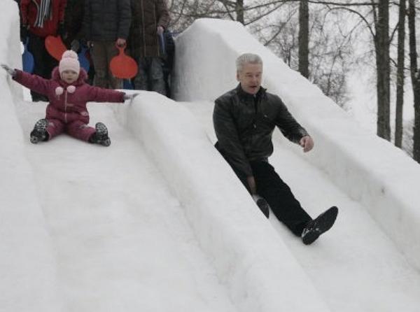 Снежные люди Сергея Собянина