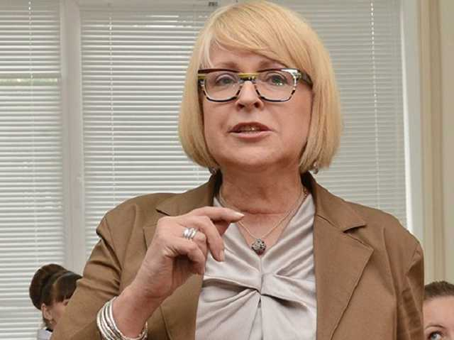 Муж Екатерины Амосовой: «Пора кончать с этими пизд*нами из МОЗ. Валик, мы с судом порешаем?»