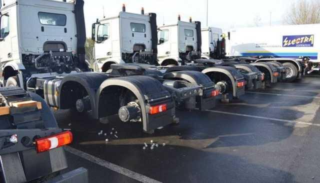 За одну ночь автоворы сняли колес на десятки тысяч евро