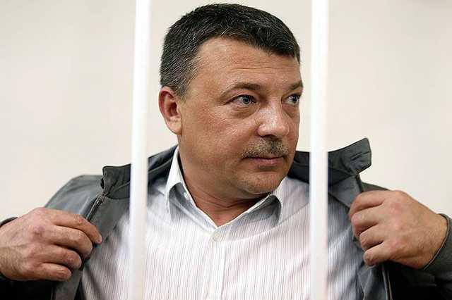 Генерал СКР Максименко получил 13 лет за взятку от вора