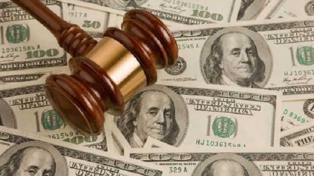 Руководителя аппарата суда задержали на взятке в тысячу долларов