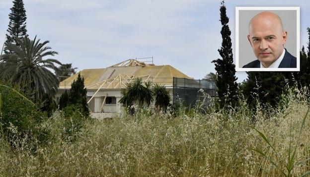 Содержание виллы в Испании нардепу Кононенко обходится более, чем €2000 в месяц