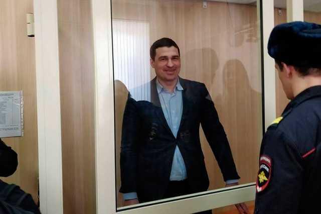 Экс-депутат и его друг частично признали вину в избиении DJ Smash