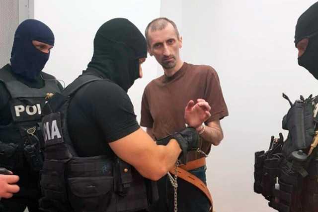 Члена банды Басаева экстрадировали в Россию