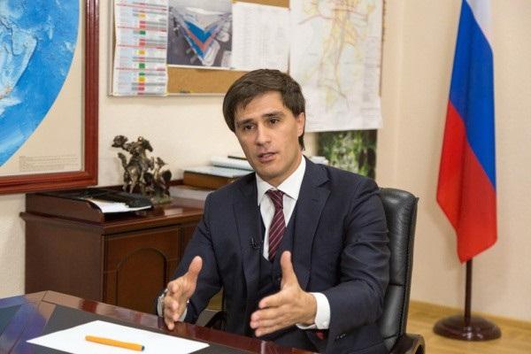«Кормушка» для вице-губернатора Гаттарова? 300 млн на Главпочтамте и другие сделки с Ростелекомом