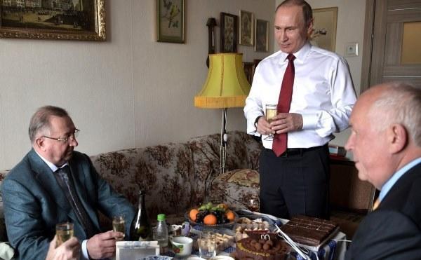 Сергей Чемезов и Николай Токарев пошли по «химии»