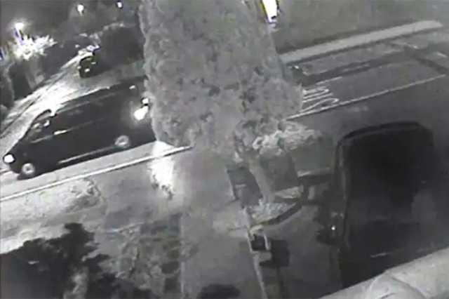 Скотленд-Ярд просит помощи в поиске фургона по делу об убийстве соратника Березовского