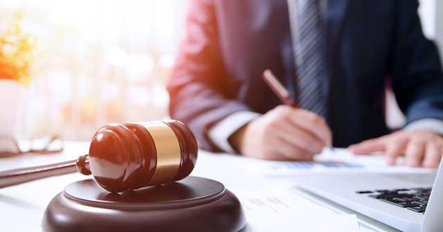Столичная судья «помогла» гражданину Вьетнама приватизировать незаконно построенную многоэтажку в Киеве