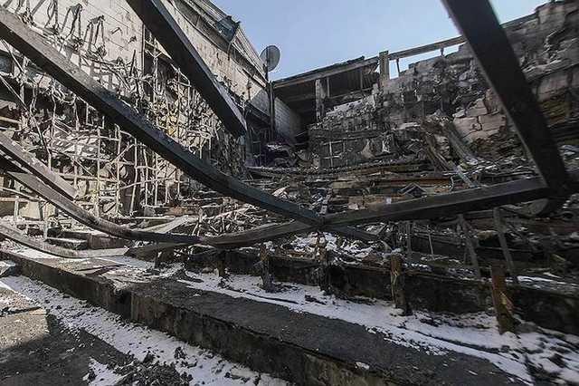 В Кемерово полностью снесли сгоревший ТЦ «Зимняя вишня»
