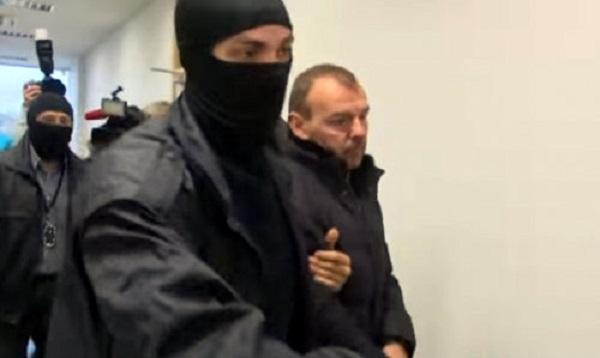 Дело о взятке в Rīgas satiksme: супруга арестованного занимает руководяющую должность в Министерстве юстиции