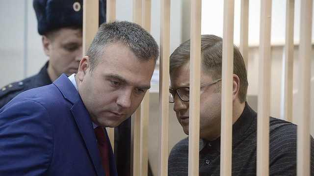 Дмитрию Михальченко больше не попить коньяка в резиденции президента