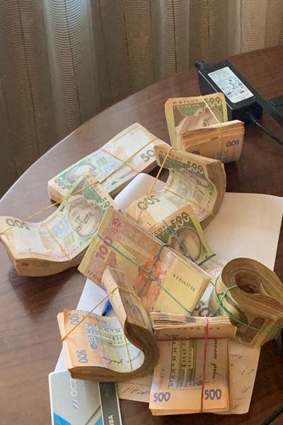 Дело на миллионы гривен в Харькове раскрыли масштабную схему подкупа медработников. Фото: Прокуратура