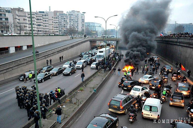 Протесты против Uber во Франции
