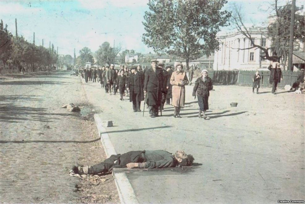 """Один из немецких военных вспоминал, что советские евреи были """"поразительно плохо осведомлены о нашем отношении к ним"""""""