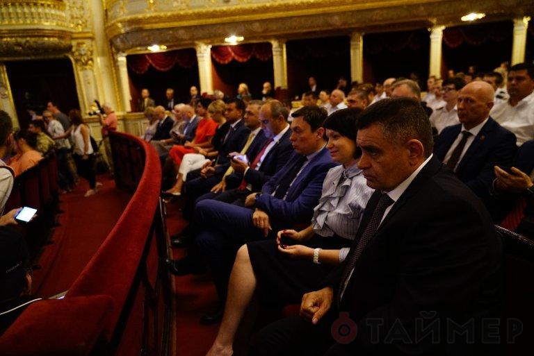 Степанов гордится: украинцы изобрели конституцию, вертолёт и ретнген